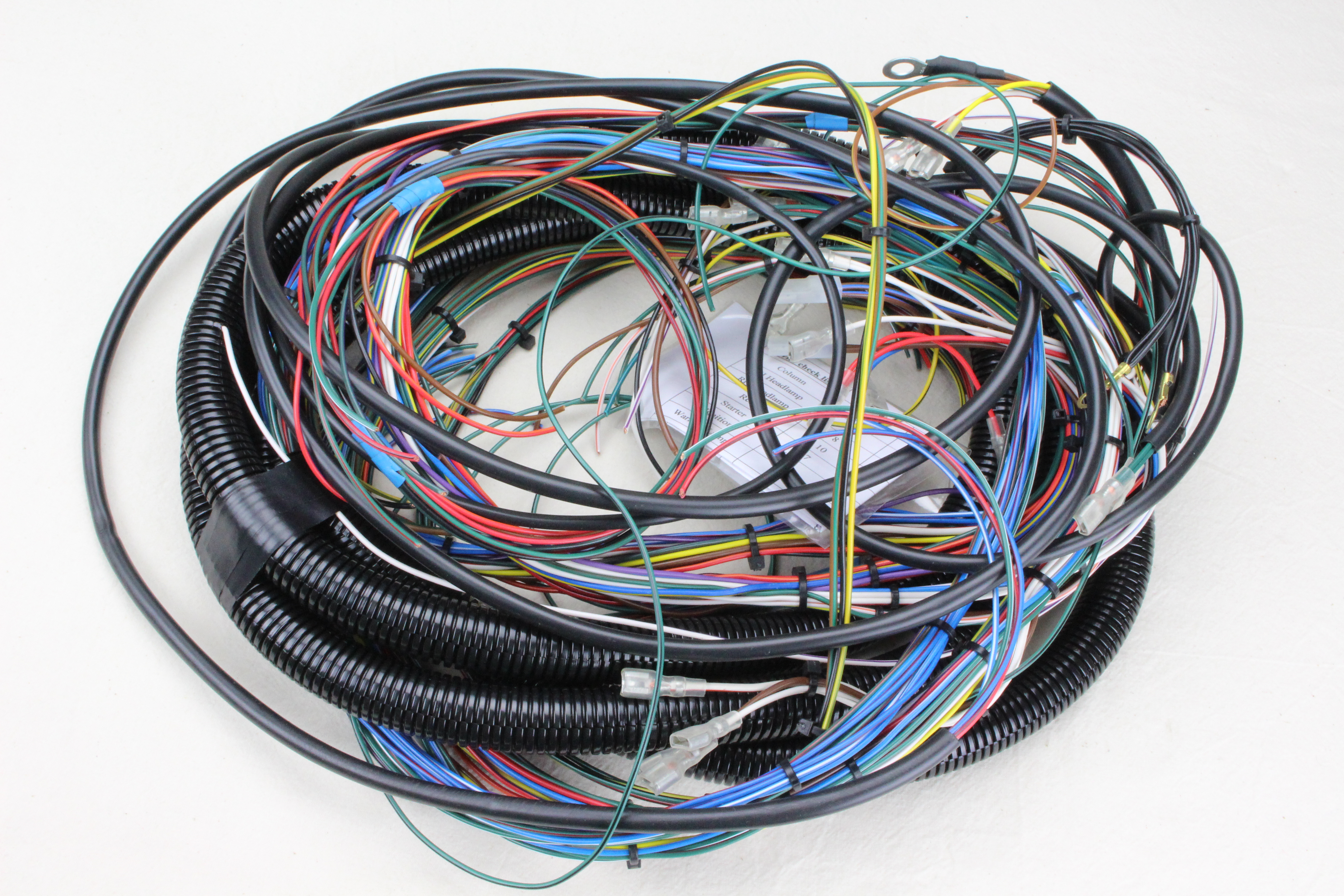Wiring loom, built with motorsport spec anti vibration cable providing excellent service life with reduced bulk and weight. Adaptable to all Triking models